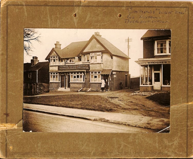 The White Hart<br />Canfield family pub - c 1910