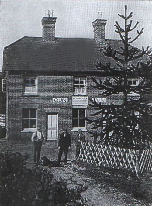 The Hemsleys at Gun Inn - c 1895