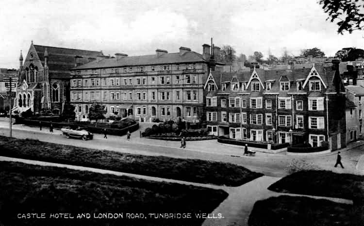 Castle Hotel and London Road - 1925