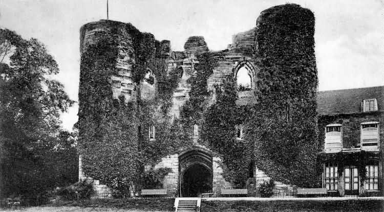 Tonbridge Castle - 1904