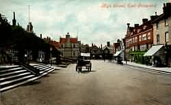 East Grinstead High Street in 1909